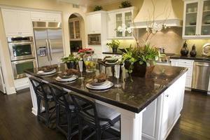cozinha em casa de luxo foto