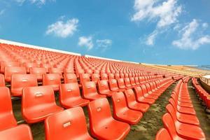 assentos vazios no estádio foto