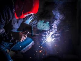soldagem industrial foto