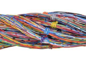 fios isolados no fundo branco foto