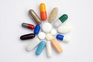 pílulas coloridas foto