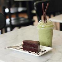 chá verde gelado foto