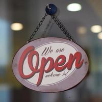 entre, estamos abertos