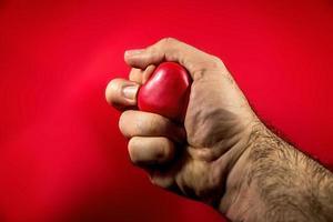 coração na mão foto