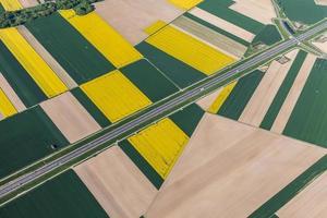 vista aérea da rodovia foto