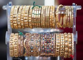 pulseiras indianas tradicionais foto