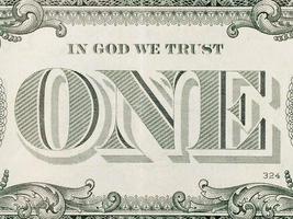 em Deus confiamos - uma nota de dólar foto