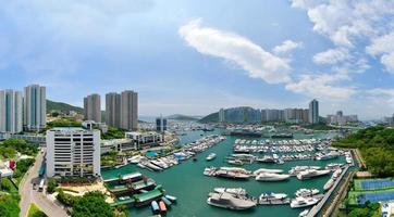visão completa do porto de hong kong aberdeen foto