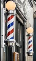 sinal de barbearia em paris foto