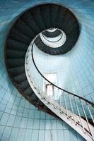 escada acima