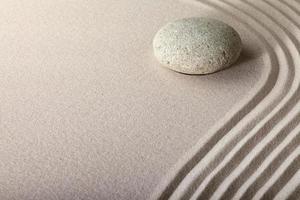 jardim de pedra de areia zen foto
