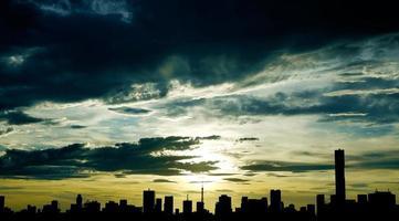 cidade de silhueta tóquio foto