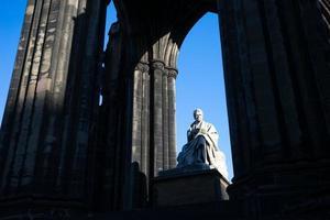 monumento de Walter Scott. Edimburgo. Escócia. Reino Unido. foto