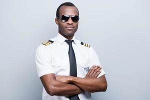 piloto confiante e experiente. foto