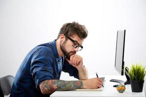 trabalhador freelance bonito
