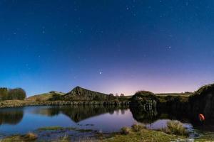 noite estrelada na pedreira de cawfield foto