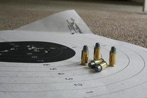 bala e alvo foto