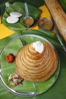 ghee assado dosa - uma panqueca do sul da Índia foto