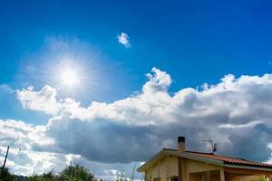 sol brilhante na sardenha foto
