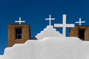 capela de san geronimo em pueblo de taos, eua foto