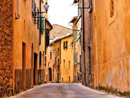rua medieval italiana foto