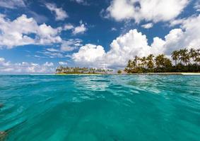 vista panorâmica na ilha no Oceano Índico foto