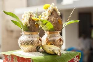 kalash mangal para cerimônia de discussão função na religião hindu. foto