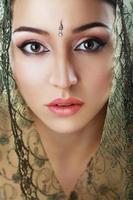 rosto de beleza indiana