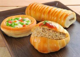 mini croissant e pizza foto