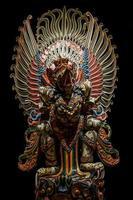 estátua de garuda do traseiro