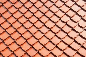 telha de telhado do templo em estilo tailandês foto