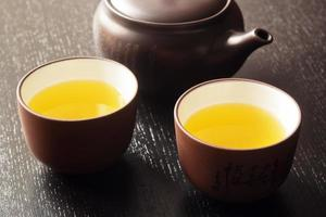 chá verde japonês foto