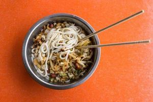 macarrão de arroz guilin foto