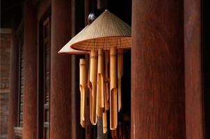 sinos de vento de bambu foto