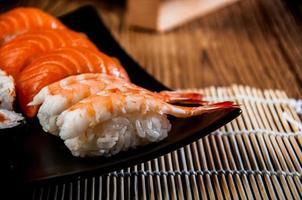 tema japonês colorido com sushi