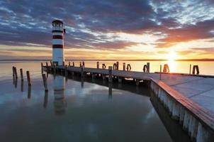 farol no lago neusiedl - áustria