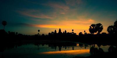 nascer do sol em angkor wat, camboja foto