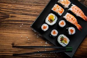 frutos do mar japoneses, conjunto de sushi