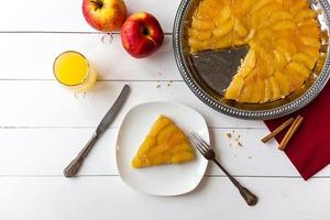 torta francesa tatin foto