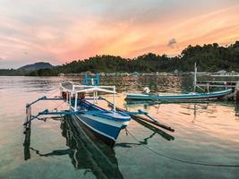 barco tradicional sulawesi foto