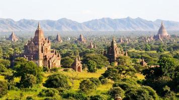 os templos de bagan, myanmar foto