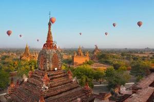 viagem de balão em bagan, myanmar