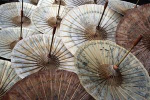 guarda-chuva de chiang mai da tailândia foto