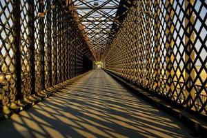 ponte de treliça foto