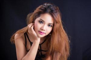 retrato de uma bela garota asiática foto