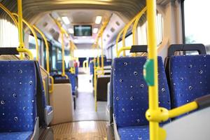 rota de ônibus em dubai. foto