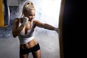 mulher magro treinamento foto