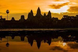 nascer do sol em angkor wat foto