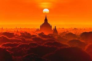 pôr do sol no templo antigo em bagan, myanmar foto