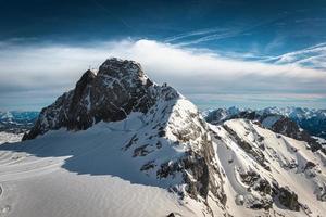 pico da montanha na áustria foto